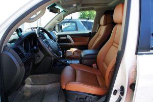 Seats_BMW_X6_E71-Toyota_Land_Cruiser_200_d01