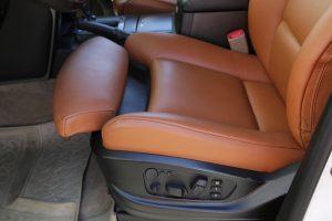 Seats_BMW_X6_E71-Toyota_Land_Cruiser_200_d03