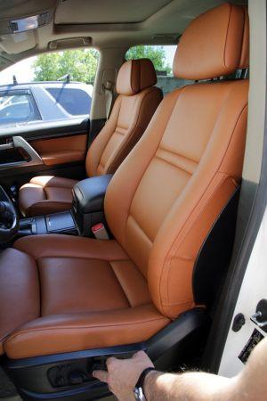 Seats_BMW_X6_E71-Toyota_Land_Cruiser_200_d05
