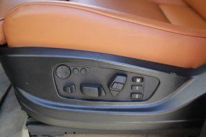 Seats_BMW_X6_E71-Toyota_Land_Cruiser_200_d07