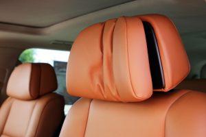 Seats_BMW_X6_E71-Toyota_Land_Cruiser_200_d09