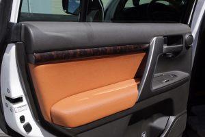 Seats_BMW_X6_E71-Toyota_Land_Cruiser_200_d11