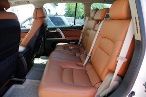Seats_BMW_X6_E71-Toyota_Land_Cruiser_200_d12
