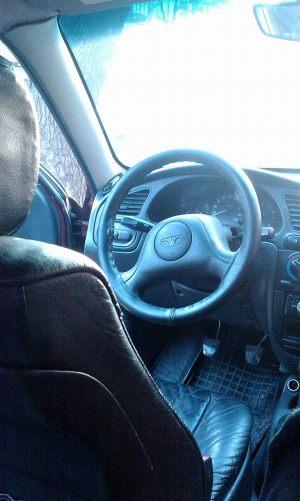 Daewoo_Lanos-seats_BMW_X5_d06