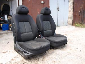 Daewoo_Lanos-seats_Peugeot_307-01_d12