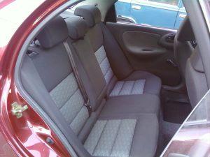 Daewoo_Lanos-seats_Skoda_Octavia_A5-04_d14