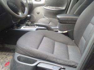 Daewoo_Lanos-seats_Skoda_Octavia_A5-07_d01