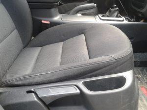 Daewoo_Lanos-seats_Skoda_Octavia_A5-07_d03