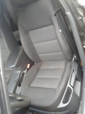 Daewoo_Lanos-seats_Skoda_Octavia_A5-07_d05